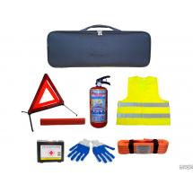 Набор автомобилиста, сумка из искуственной кожи. Огнетушитель, трос, аптечка, знак, жилет, перчатки.